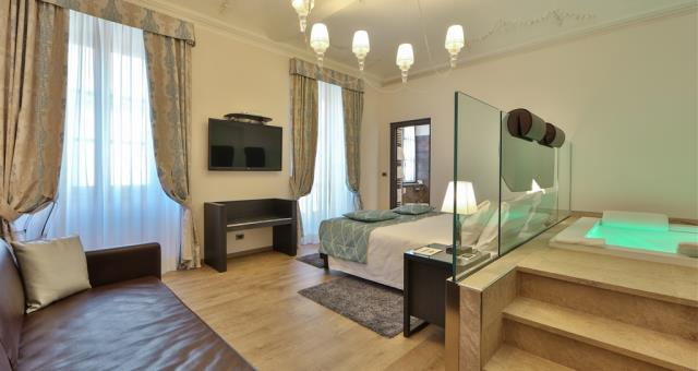 Camere junior suite del bw plus hotel genova a torino for Camere albergo design